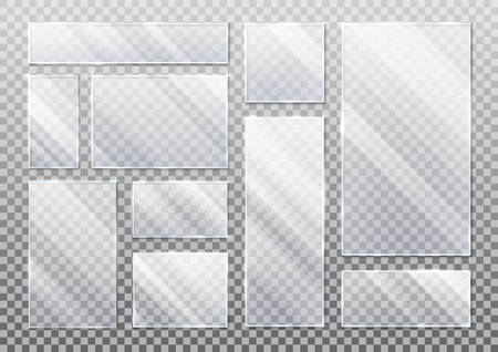 Set of realistic glass plate on transparent, glassware plaque background in rectangle, square form. Acrylic texture for smartphone display or screen, tablet protection. White inscription element Vecteurs