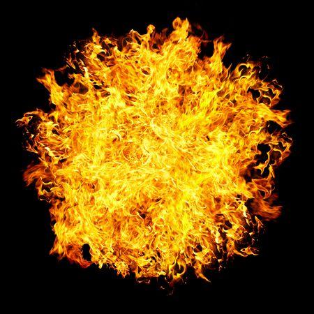 palla di fuoco: Fireball su uno sfondo nero ...