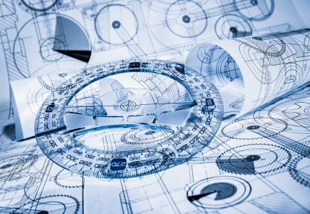 ingenieria industrial: Los dibujos t�cnicos en un tono azul Foto de archivo