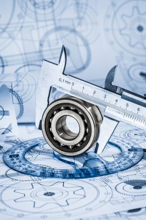 ingenieria industrial: Dibujos t?icos con el cojinete en un tono azul Foto de archivo