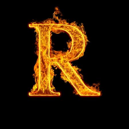 Fuoco alfabeto lettera R isolato su sfondo nero. Archivio Fotografico - 22914320