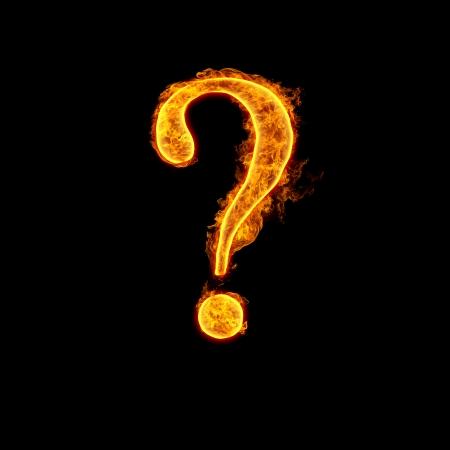 signo de interrogaci�n: Fuego alfabeto pregunta Suprimir aislado sobre fondo negro. Foto de archivo