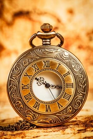 Reloj de bolsillo antiguo de la vendimia.