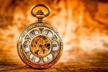 ビンテージ アンティーク懐中時計。 写真素材