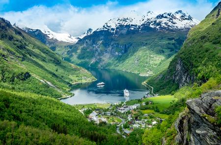 ガイランゲル フィヨルドは、ノルウェーの美しい自然