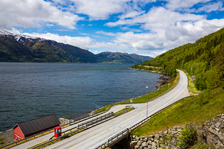 one lane: Mountain road in Norway.