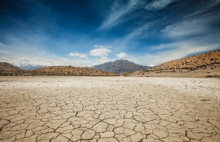 grounds: Dry Dhankar lake in Himalayas mountains. Spiti valley, Himachal Pradesh, India Stock Photo