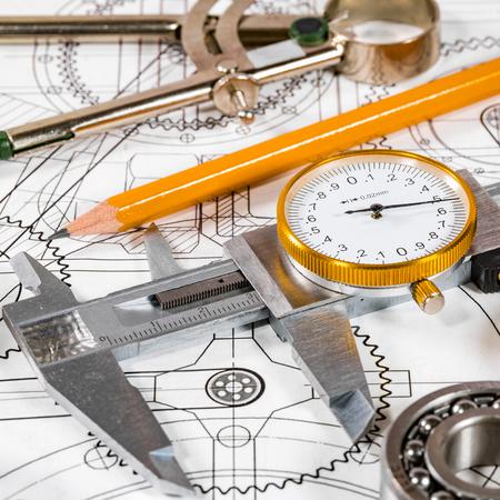 dibujo tecnico: Dibujo t�cnico y herramientas