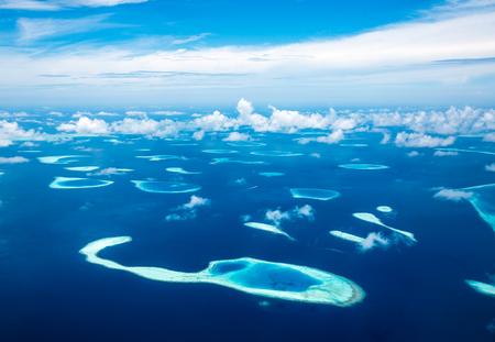 azul turqueza: Hotel en la isla. Maldivas Océano Índico