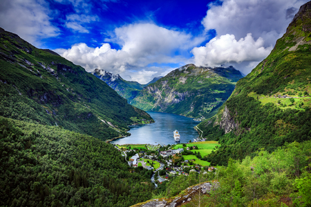 mi: Geiranger fjord, Beautiful Nature Norway. It is a 15-kilometre (9.3 mi) long branch off of the Sunnylvsfjorden, which is a branch off of the Storfjorden (Great Fjord).
