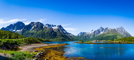water  panoramic: Panorama Lofoten is an archipelago in the county of Nordland, Norway. Is known for a distinctive scenery with dramatic mountains and peaks, open sea and sheltered bays, beaches and untouched lands.
