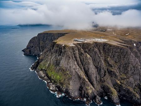 バレンツ海沿岸北岬 (様々) 北ノルウェーの航空写真。