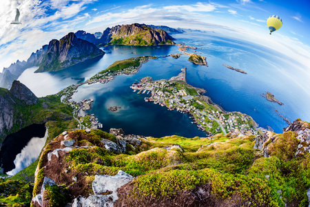 Lofoten is an archipelago in the county of Nordland, Norway.Is known for a distinctive scenery with dramatic mountains and peaks, open sea and sheltered bays, beaches and untouched lands. Fisheye lens