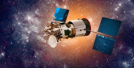 Space satellite orbiting the earth 版權商用圖片