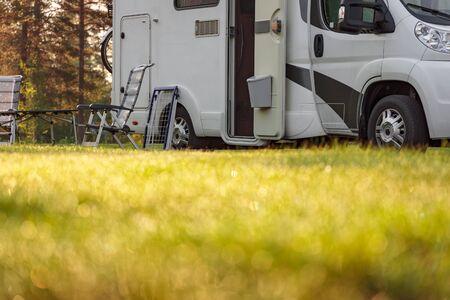 Family vacation travel RV, holiday trip in motorhome, Caravan car Vacation. 写真素材 - 128817211