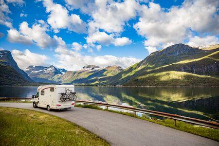 Family vacation travel RV, holiday trip in motorhome, Caravan car Vacation. 写真素材 - 128817240