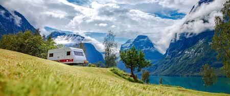 Family vacation travel RV, holiday trip in motorhome, Caravan car Vacation. 写真素材 - 128820709