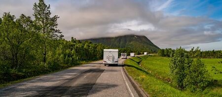 VR Caravan car travels on the highway. 写真素材 - 128820336