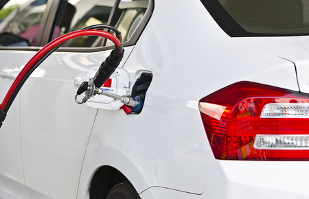 ngv: Fuel up the natural gas vehicle (NGV) at the station
