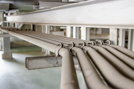 pipe line: small parallel dusty pipe line