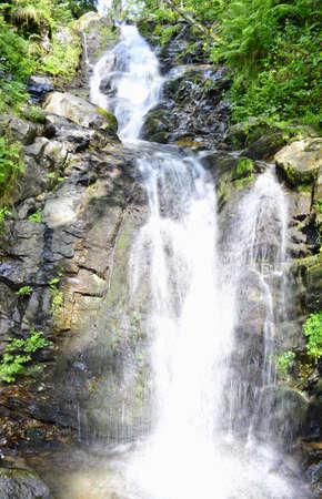 fluent: Waterfall