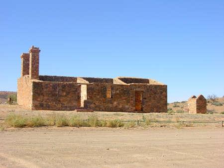 ranges: Fattoria in rovina e annessi, Flinders Ranges, South Australia Archivio Fotografico