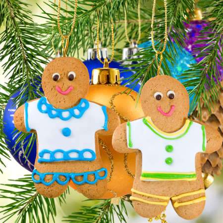 gingerbread: gingerbread on Christmas decorations  background