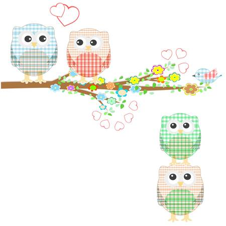 Conjunto de elementos de la naturaleza: los búhos y pájaros en las ramas de los árboles y