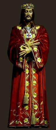 jezus: Medieval wooden statue of Jesus.