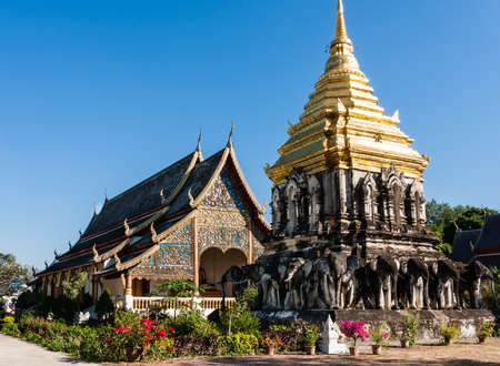 places of interest: Chedi Chang Lom and Viharn, Wat Chiang Man, Chiang Mai, Thailand Stock Photo