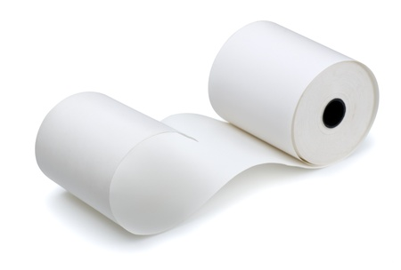 Rouleau de ruban de caisse enregistreuse isolée sur blanc