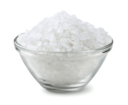 Glass bowl of salt isolated on white Zdjęcie Seryjne - 25773242