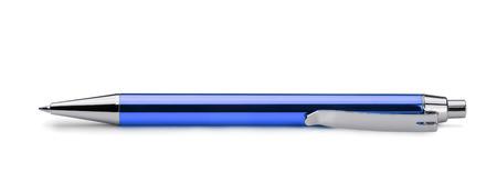 Blauwe balpen geïsoleerd op wit