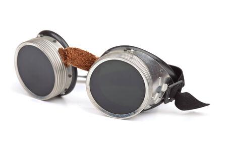 steampunk goggles: Gafas Steampunk aislados en blanco