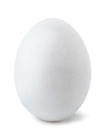 Wit ei op wit wordt geïsoleerd