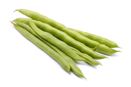 french bean: Fresh green beans isolated on white