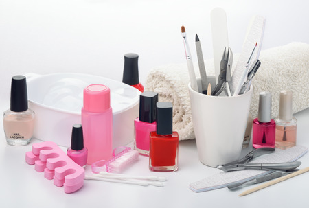 productos de belleza: Todavía vida con el equipo de la manicura