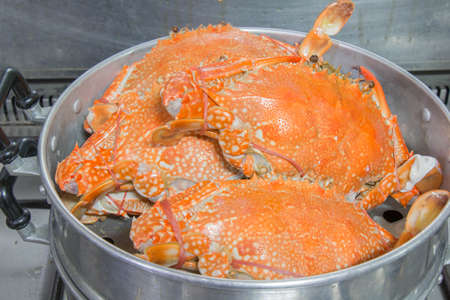 crab pot: crab cooking by stream pot