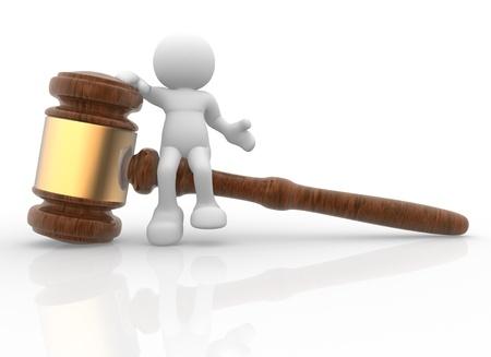 conflictos sociales: Gente-humano de personajes en 3D con un martillo de la justicia - mazo de sonido. 3d hacer ilustraci�n Foto de archivo