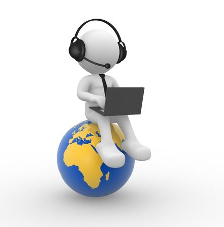 mobile headsets: 3d gente - hombre, persona con una computadora port�til y los auriculares a. Tierra globo