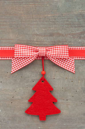 checked loop and christmas tree on wooden ground Stock fotó - 17567840