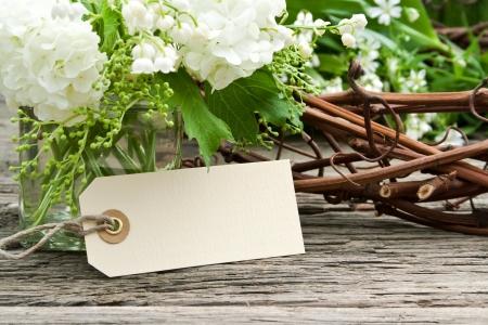 Maiglöckchen, Schneeball und Label