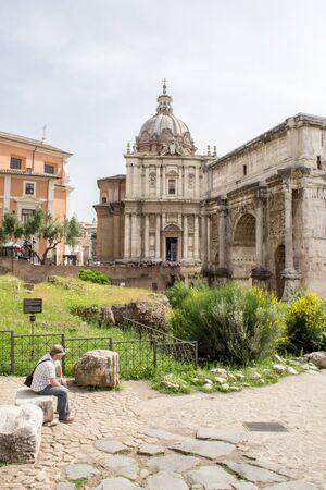 historic buildings: Historic buildings in the Roman Forum