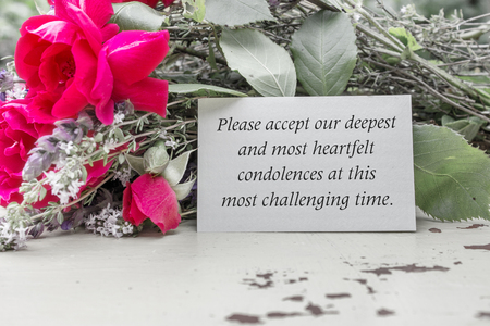 English mourning card with roses Stok Fotoğraf - 61706145