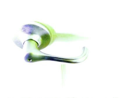 白緑と青の色調と高いキーのドアハンドルのイラスト