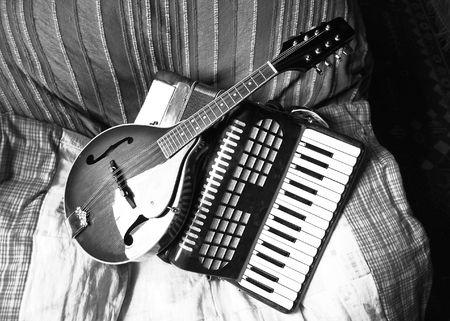 mandolino: Fisarmonica mandolino e pianoforte  Archivio Fotografico