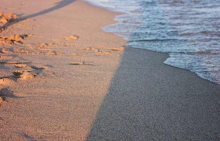 Plage avec la mer dans le sud Banque d'images - 24695996