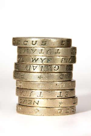 pounds money: Pila de monedas libra