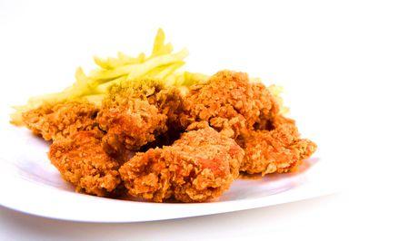 pollo frito: pollo y papas fritas