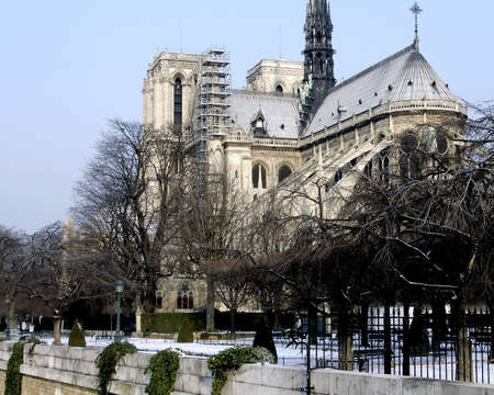 god box: Notre Dame Paris in winter time in the snow